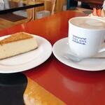 パパジョンズ - ニューヨークチーズケーキ&カフェオレ