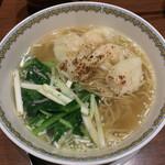 三希房 - ・焦がし黄韮の海老ワンタンメン 1,200円