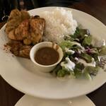 Cafe BOHEMIA - * タンドリーチキン(チキンティッカ)