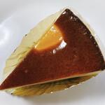 148504753 - マイスターチーズケーキ、真上から!
