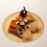 レストラン オオツ - 2021.3 貝のフラン(帆立出汁のフラン、浅蜊出汁のジュレ、生の赤貝、火を入れた本ミル貝とホッキ貝)