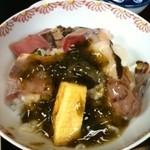 天慎 - 天慎特製「海丼」盛り付け