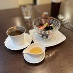 ティーハウス茶韻館 - 仙草ゼリー
