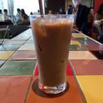MUCHO MODERN MEXICANO - アイスコーヒーです
