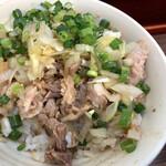 三三七 - ねぎ肉飯はなかなかしっかりした味付け。海苔と喰らえ!