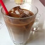 女性が輝くレストランKandy - ランチにつくカフェ・オ・レ