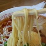 グリルみゆき - 醤油スープに細麺があってます