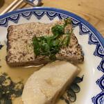 おでん 十七八 - 料理写真:タケノコ、焼き豆腐