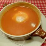 レストランあづま - こちらも、現地の人たちにはとても人気のあるスープとのことです