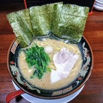ラーメン神山 - 令和元年11月 濃厚とんこつ醤油ラーメン 680円