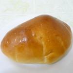 ベーカリー リーフ - 料理写真:クリームパン