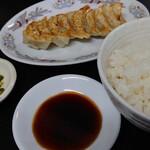 148582011 - ラーメン&餃子のセット♪