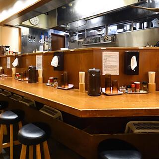 【新宿三丁目駅直結】アクセス抜群!お気軽にお越しください