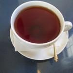 カフェポンテ - ランチセットの紅茶