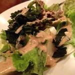 やきとり○金 - 豆腐と海藻のサラダ