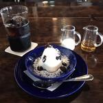 茶房 天井棧敷 - 料理写真:ケーキセット 1045円(税込)