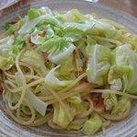 pasta dining Aria - キャベツと桜海老のスパゲッティ(大盛り)