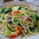 pasta dining Aria - 彩り野菜のスパゲッティ アンチョビ風味