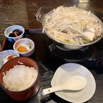 安美 - 肉ちゃんこ塩のランチ