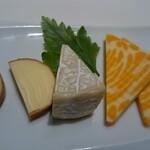グランドゥ アムール - チーズの盛り合わせ