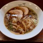 一丁 - 料理写真:中華そば(600円)