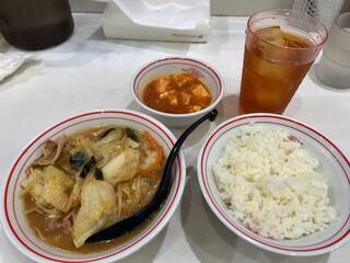 蒙古タンメン中本 - 朝からセットA+ウーロン茶(590円+APPクーポン)