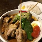 148679199 - 野菜たっぷりベジタブルカレー                       知床鶏トッピング