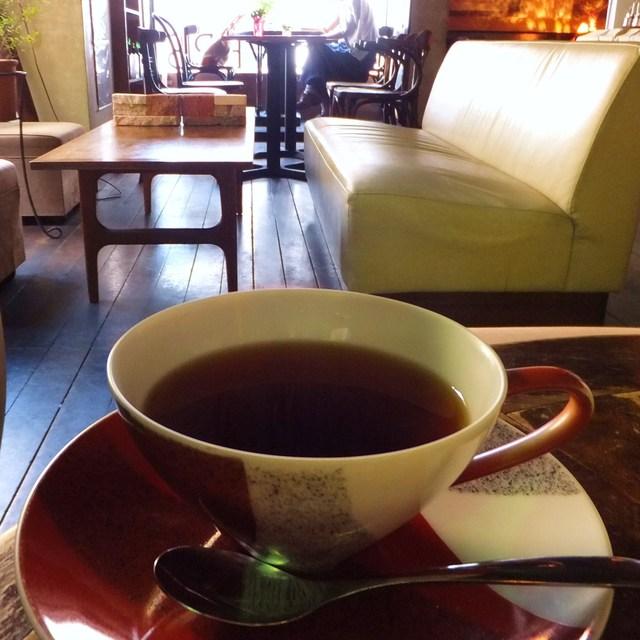 名曲喫茶 月草 - アッサムはポットで提供
