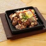 升屋 - 一口牛肉ステーキ
