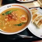 Aji-Q - 料理写真:担々麺 黒豚餃子
