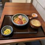 148701091 - 漁師めし(海鮮づけ丼)