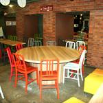 横浜イカセンター - テラスのお席もございます!店内お席で漁師さんしか口に出来なかった透き通る活イカをどうぞ!