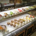 ジェルボー - ケーキケース