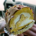 cafe Karin 果林 - 生クリームたっぷりのロールケーキ