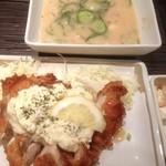 茶らく - 本日の唐揚げダイエットランチは宮崎チキン南蛮と冷汁