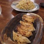 まんさくラーメン - 餃子、焼飯