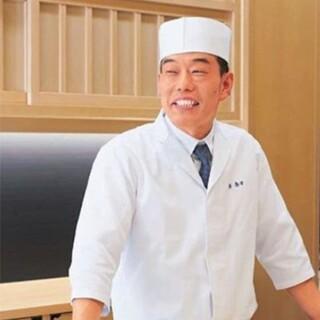 島本哲也氏(シマモトテツヤ)ー目利きのネタに工夫を凝らす