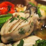 トラットリア・アルモ - 坂越産 牡蠣のガーリックオイル焼き