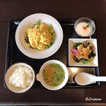 中国料理 豪華 - 海老と玉子のふわふわ炒めのランチセット