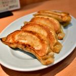 中華園 - 料理写真:焼きギョウザ@500円