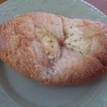 14879952 - ツナの入ったパン