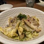 恵比寿魚金 - シラスと春キャベツのアンチョビ炒め 750円