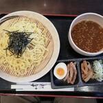 王寿庵 - 料理写真:魚介醤油だれのつけ麺680