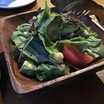 KOKON/Bistro - タコとアボカドのサラダ