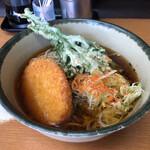 どん八 - 料理写真:春菊そば+コロッケ 450円