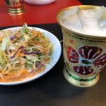 ジュンタラカリー - 料理写真:ラッシーのグラスお洒落でした。