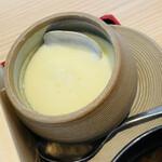 鮨・酒・肴 杉玉 - 茶碗蒸しはちゃんとおいしい♡