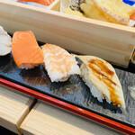 鮨・酒・肴 杉玉 - お寿司は五貫⭐️