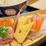鮨・酒・肴 杉玉 - お造りの舟盛りと ご飯ご飯は無料で大盛りに!!