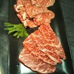 Yakinikuhorumommakumatsuoka - ウデンサンカクとイチボ。赤身肉もおいしい!
